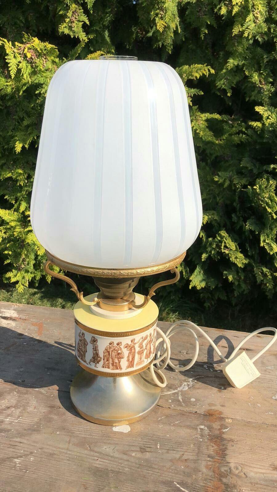 Beautiful Antique Vintage Brass & Porcelain Electric Oil Table Light Lamp
