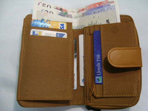 Ladies Leather Purse Wallet With Many Features