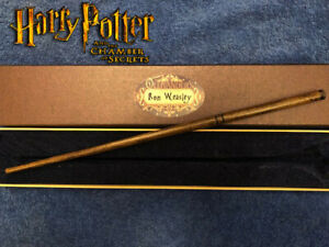 Ron-Weasley-1st-Wand-14-5-034-REAL-WOOD-Chamber-of-Secrets-RARE-Wizarding-World