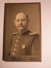 Breslau - alter Soldat mit Bart in Uniform mit Epauletten - Orden ? / CDV