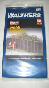 3 WALTHERS CORNERSTONE HO SCALE WOOD FENCING SECTIONS 933-3521