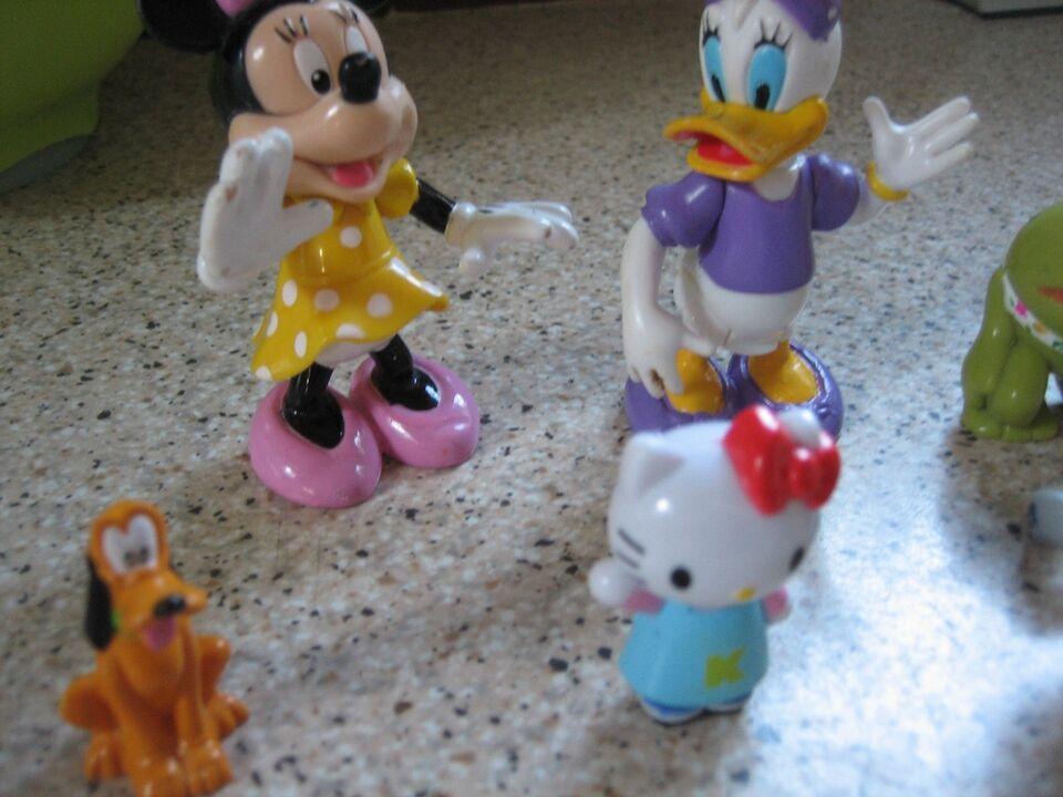 Blandet legetøj, forskellige figuer
