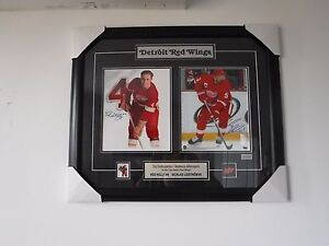 NEW-L-E-RED-KELLY-amp-NICKLAS-LIDSTROM-DETROIT-RED-WINGS-SIGNED-FRAMED-PRINT-W-CO