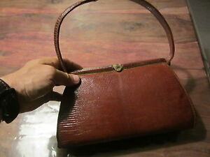 Ancien-sac-a-main-vintage-en-veritable-peau-de-lezard-fabrication-France-Hermes
