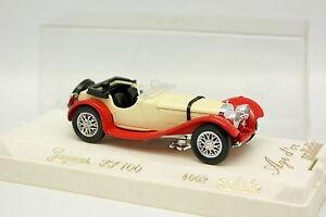 Solido-1-43-Jaguar-SS100-Blanco-y-Rojo