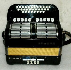 HOHNER Ouverture V   C-F 8 BASS DIATONIC-Accordion-Akkordeon-Excellent