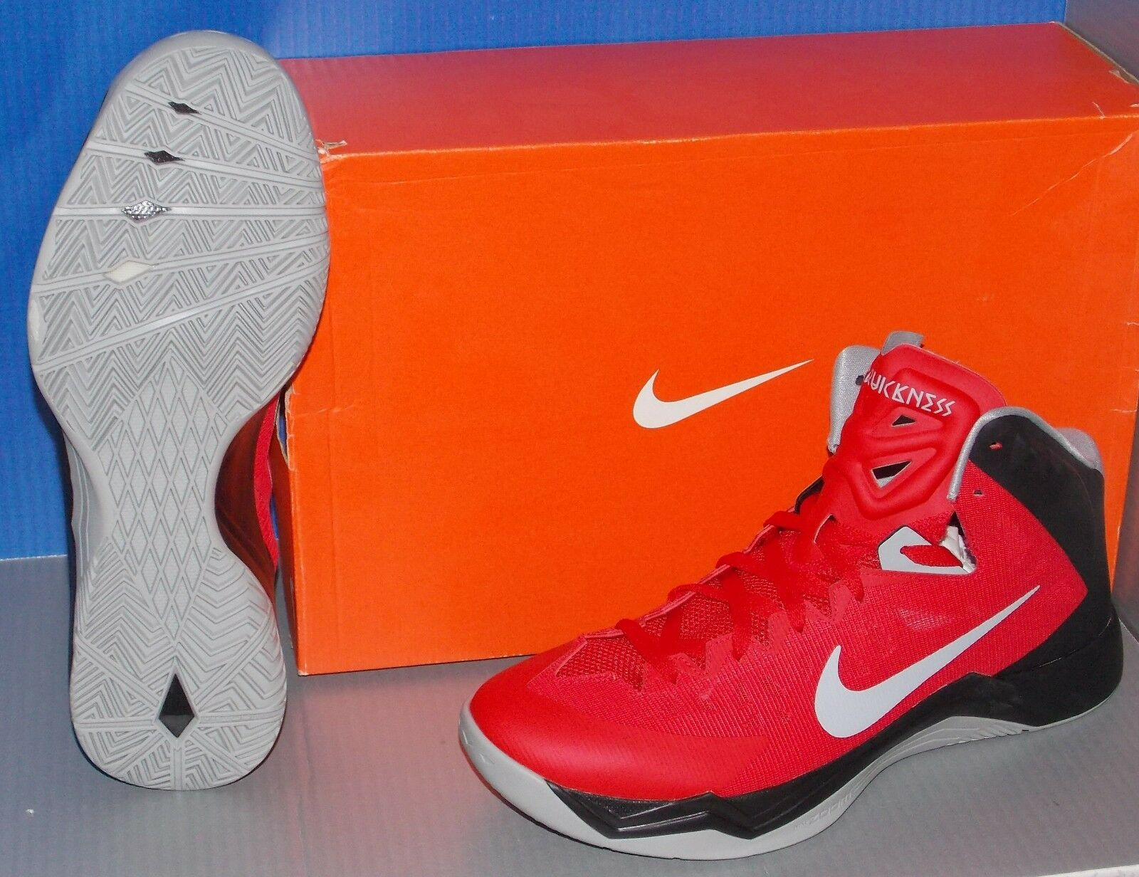 premium selection 51fdf 0a71e ... MENS NIKE ZOOM HYPERQUICKNESS in in in colors UNIVERSITY RED   GREY   BLACK  SIZE 10 ...
