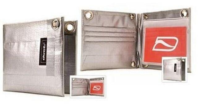 Ducti Classic Bi-Fold Duct Tape Wallet Silver