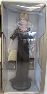 The Franklin Mint Diana Princess of Nobility 18 Porcelain New