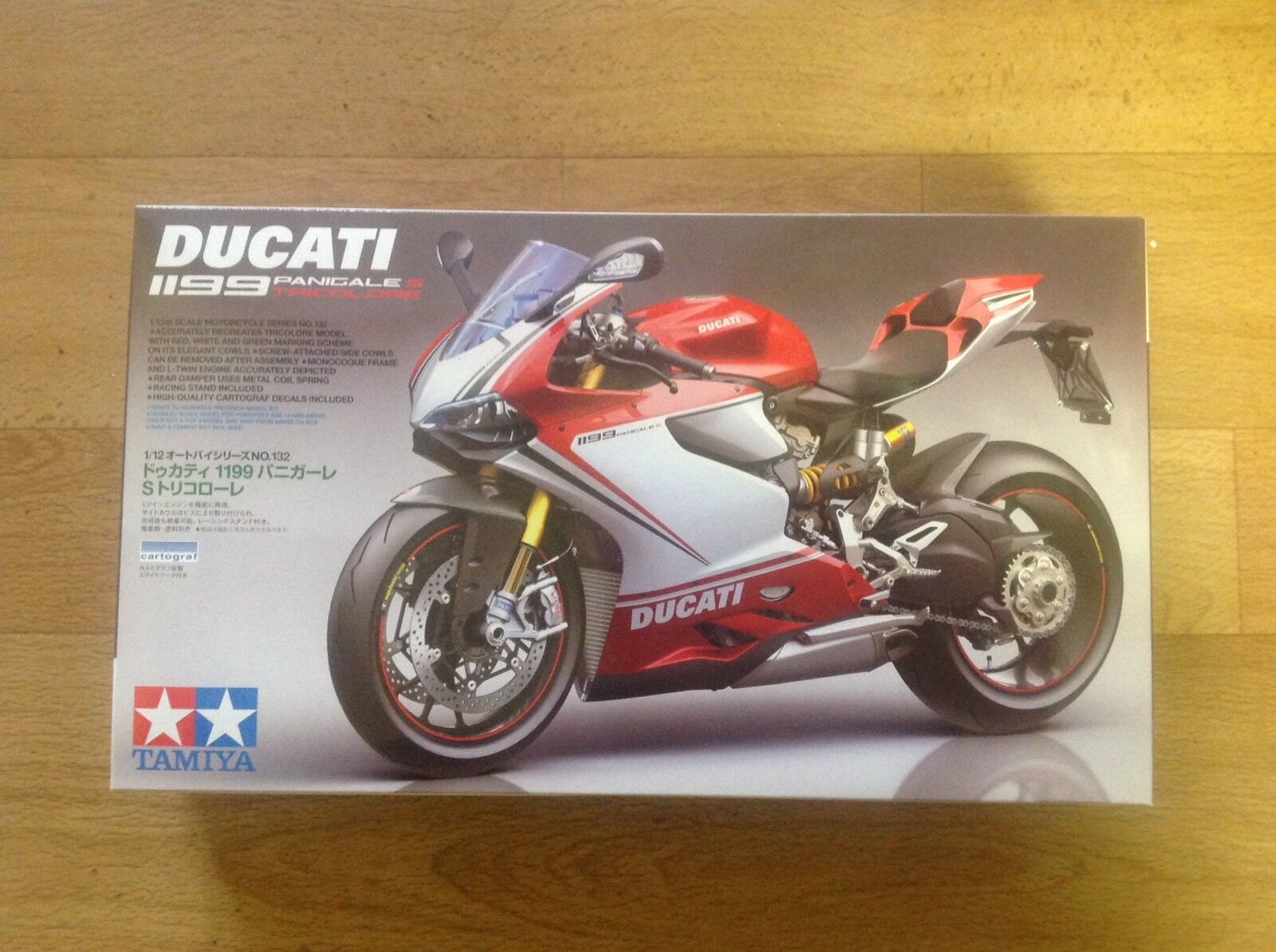 Tamiya 14132 Ducati 1199 Panigale S Tricolor 1\12 Scale