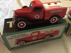 Texaco 1936 Dodge Fire Chief Tanker 1:25th Scale Die-Cast
