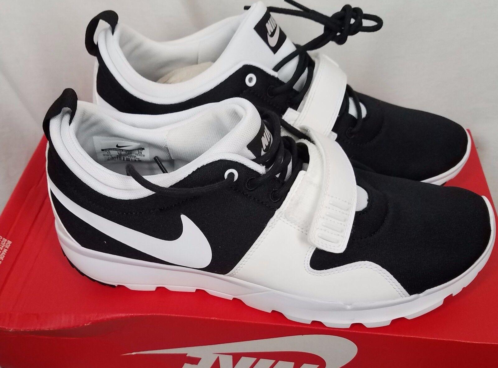 Nike Trainerendor SB ACG black white tennis shoes mens size 11.5 sneakers