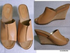 455c98deaf68 AEROSOLES Size 10M Open Toe Soft Tan Leather Suede Wedge Sandals ...