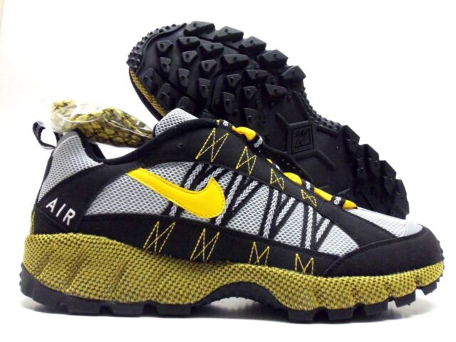 official photos aa1c0 56c1e Nike Air Humara '17 ACG Black Varsity Maize Grey Trail Shoes Aj1102 001 Sz  13