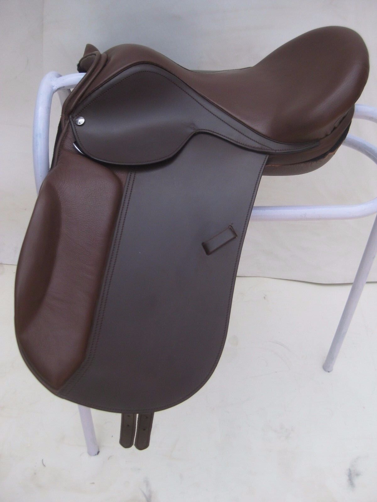 Leather  Dressage Treeless Saddle, Brown available in 9 size  with Accessories  in stock