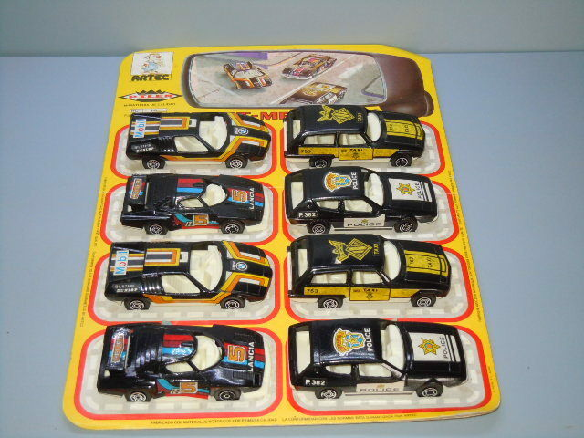 Very Rare Auto Pilen Gift Set with 8X Modelcars Taxi,Police,Race Cars
