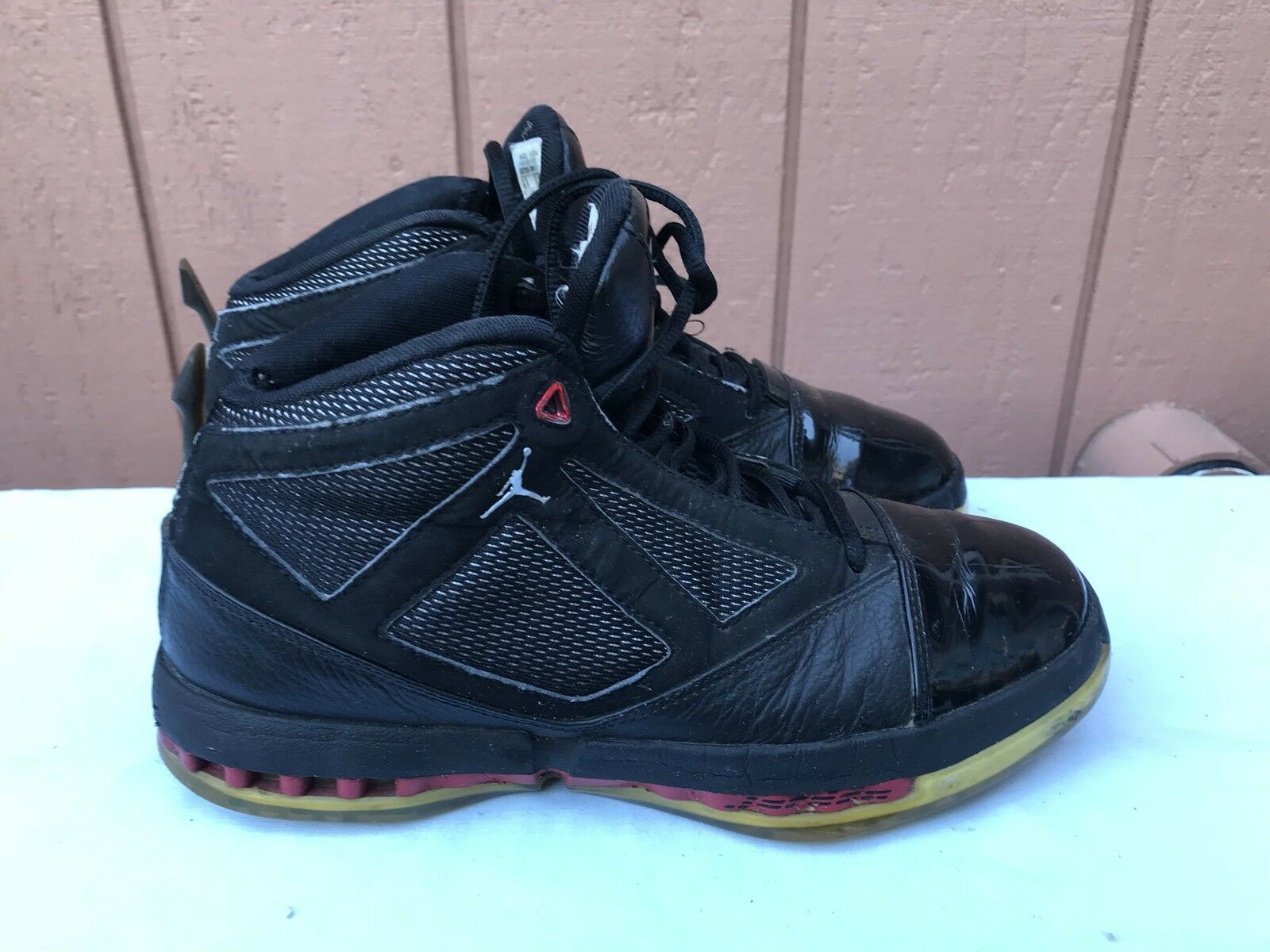 2008 Nike Air Jordan XVI 16 Retro 8.5 CDP COUNTDOWN BRED BLACK RED 322723-061 A2