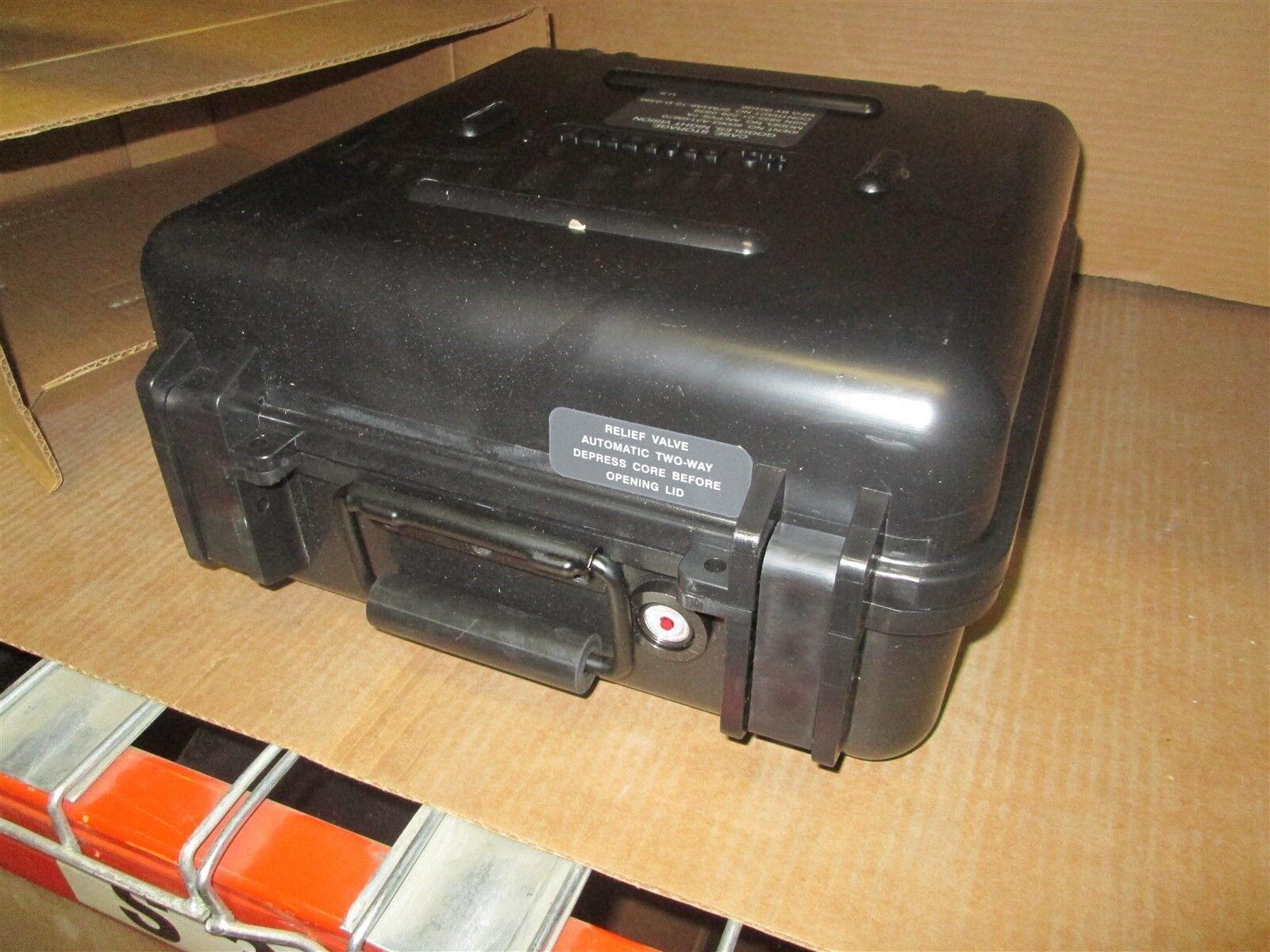 17x15x8 Starlight SC-071414 W  Foam AN PVS-7A Hard Case Weather Dry  New In Box