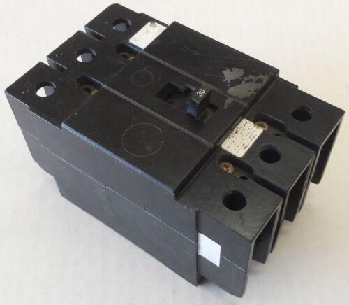 CUTLER HAMMER Type GC Circuit Breaker 3 Pole 30 Amp 65k 240V GC3030 EATON