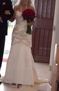 Debra-Selleck-Designer-Wedding-Gown