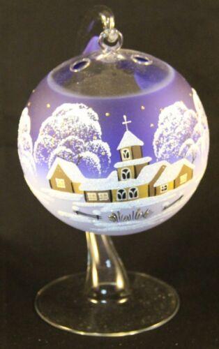 Belle décoration pour le lumignons en verre en bleu pour Noël peintes à la main
