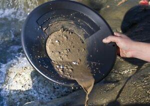 14-034-Black-Plastic-Gold-Pan-Nugget-Mining-Dredging-Prospecting-River-Panning