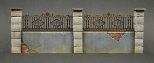 DioDump-DD064-Fenced-wall-039-Aachen-039-1-35-scale-military-diorama-accessory