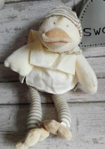 Doudou-peluche-Edouard-le-canard-beige-banc-casse-tablier-MOULIN-ROTY-32cm
