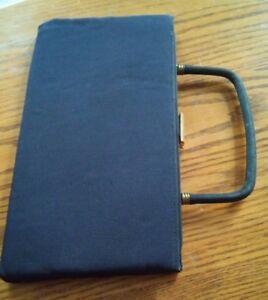 015-Vintage-Garay-Clutch-Style-Handbag-Purse-Black-Metal-Clasp-Folding-Handle