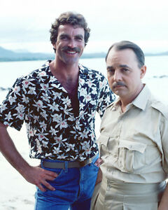 TOM-SELLECK-JOHN-HILLERMAN-MAGNUM-P-I-8X10-PHOTO