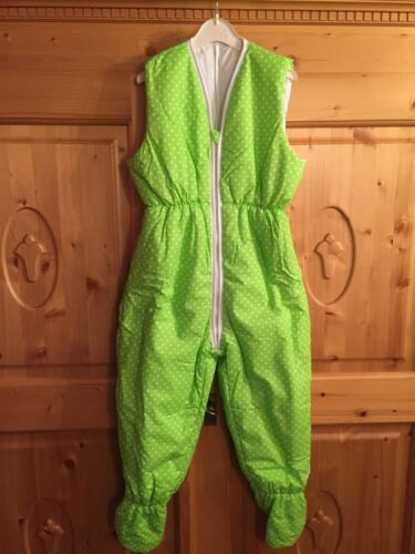 Winter Schlafsack mit Beinen Overall 110//116 NEU grün mit weißen Punkten