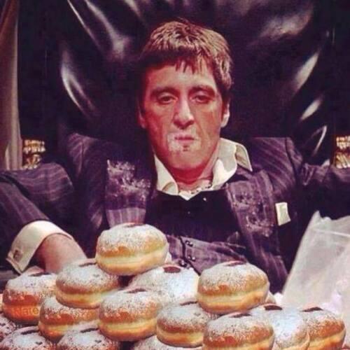 Men/'s Ladies T SHIRT retro cult movie film SCARFACE spoof pacino donuts cocaine