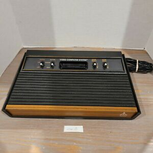 Woodie-Atari-2600-Atari-Woodgrain-4-Switch-Console-Only-NO-AC-POWER-ADAPTER