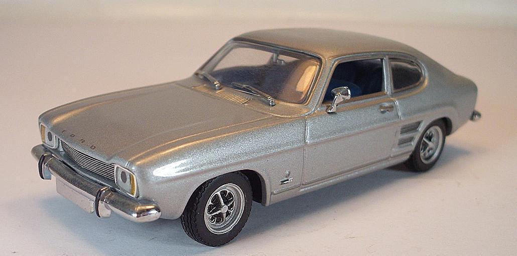 Minichamps PMA 1 43 Ford Capri Mk 1 Coupe 1969 silvermetallic
