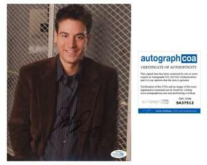 Josh-Radnor-034-How-I-Met-Your-Mother-034-AUTOGRAPH-Signed-039-Ted-Mosby-039-8x10-Photo-ACOA