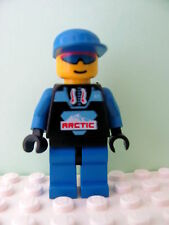 LEGO Minifig arc003 @@ Arctic - Black, Blue Cap - 6520