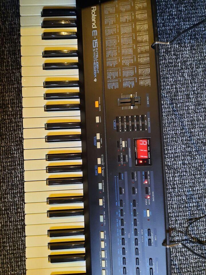 Keyboard, Roland E-15