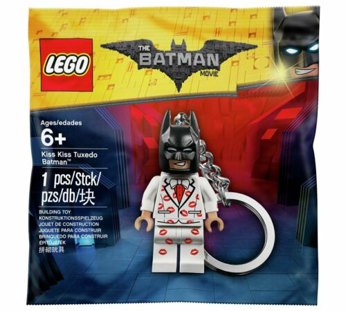 LIMITED EDITION Batman Lego Kiss Kiss Tuxedo  Movie Keyring Keychain 5004928