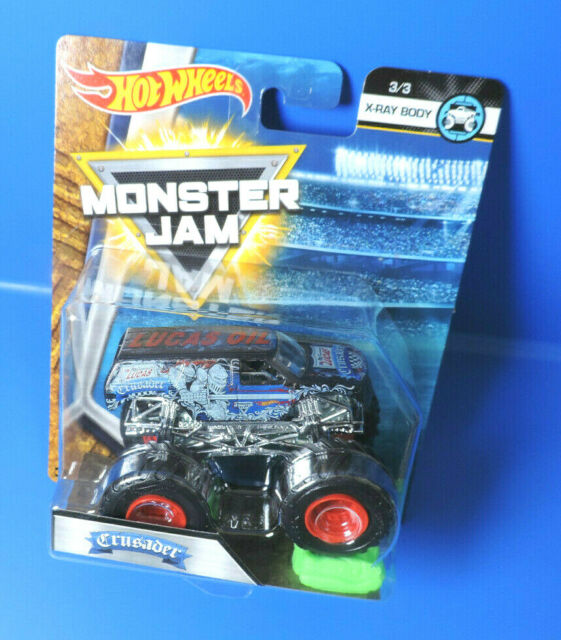 Mattel Hot Wheels 2018 Monster Jam FLX15 Crusader
