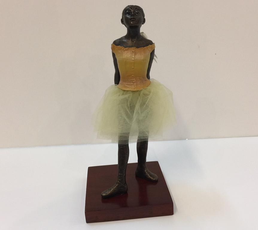 LA PICCOLA BALLERINO DI 14 ANNI en 22cm di altezza edgar Degas collezione museo