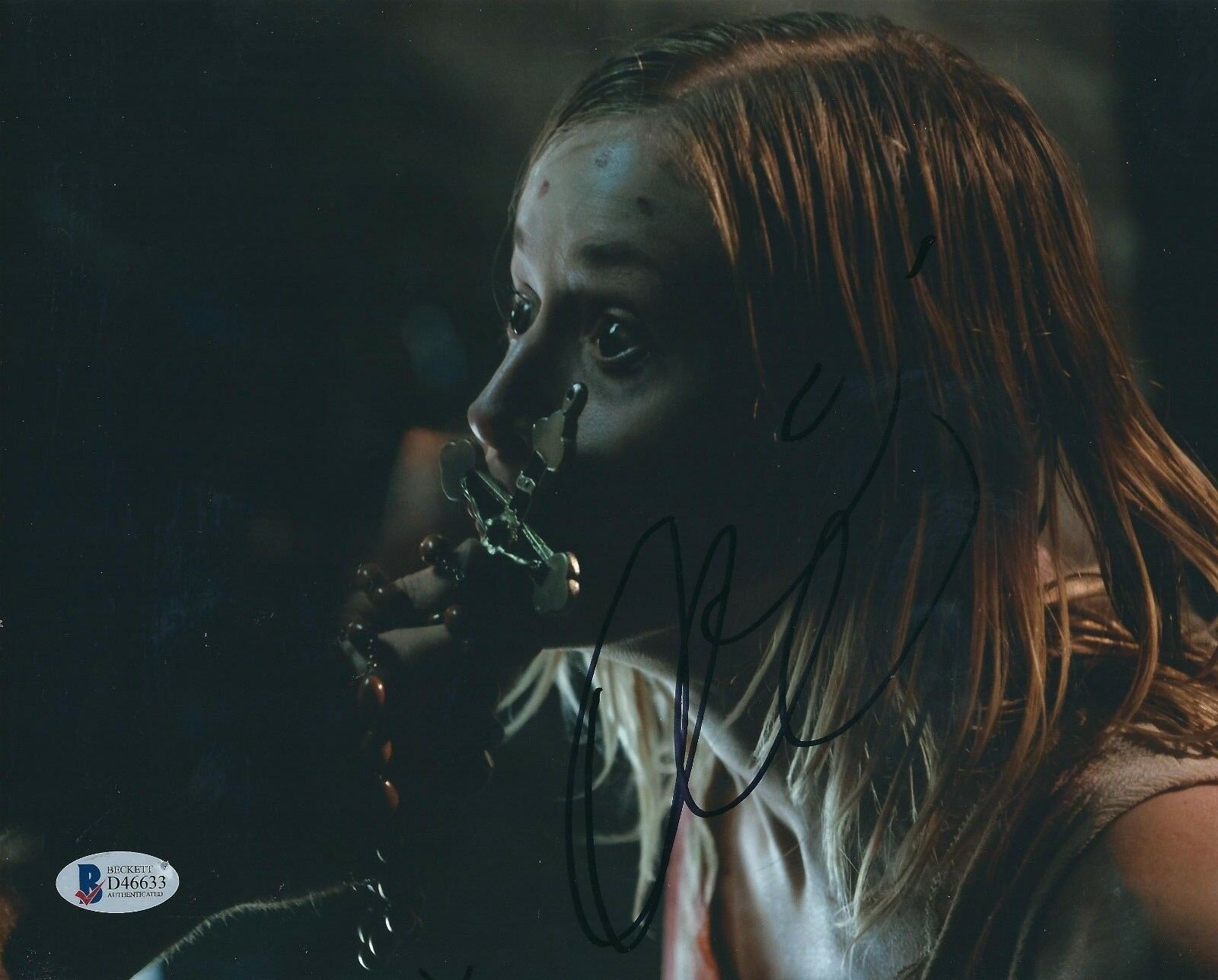 Olivia Taylor Dudley Signed 8x10 Photo *Paranormal Activity *The Magicians BAS