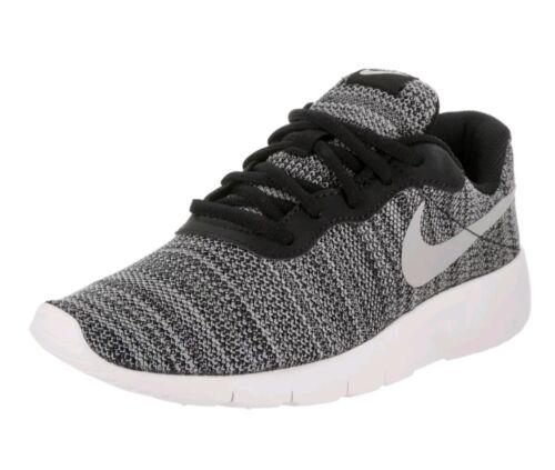 GS Running Shoe Size 3.5y Nike Kids Tanjun