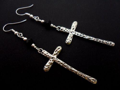 Un bonito par de largo Plata Tibetana Cruz Colgantes Pendientes nuevo.