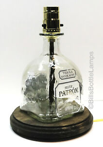 PATRON-SILVER-TEQUILA-Liquor-Bottle-TABLE-LAMP-Light-with-Wood-Base-Bar-Lounge