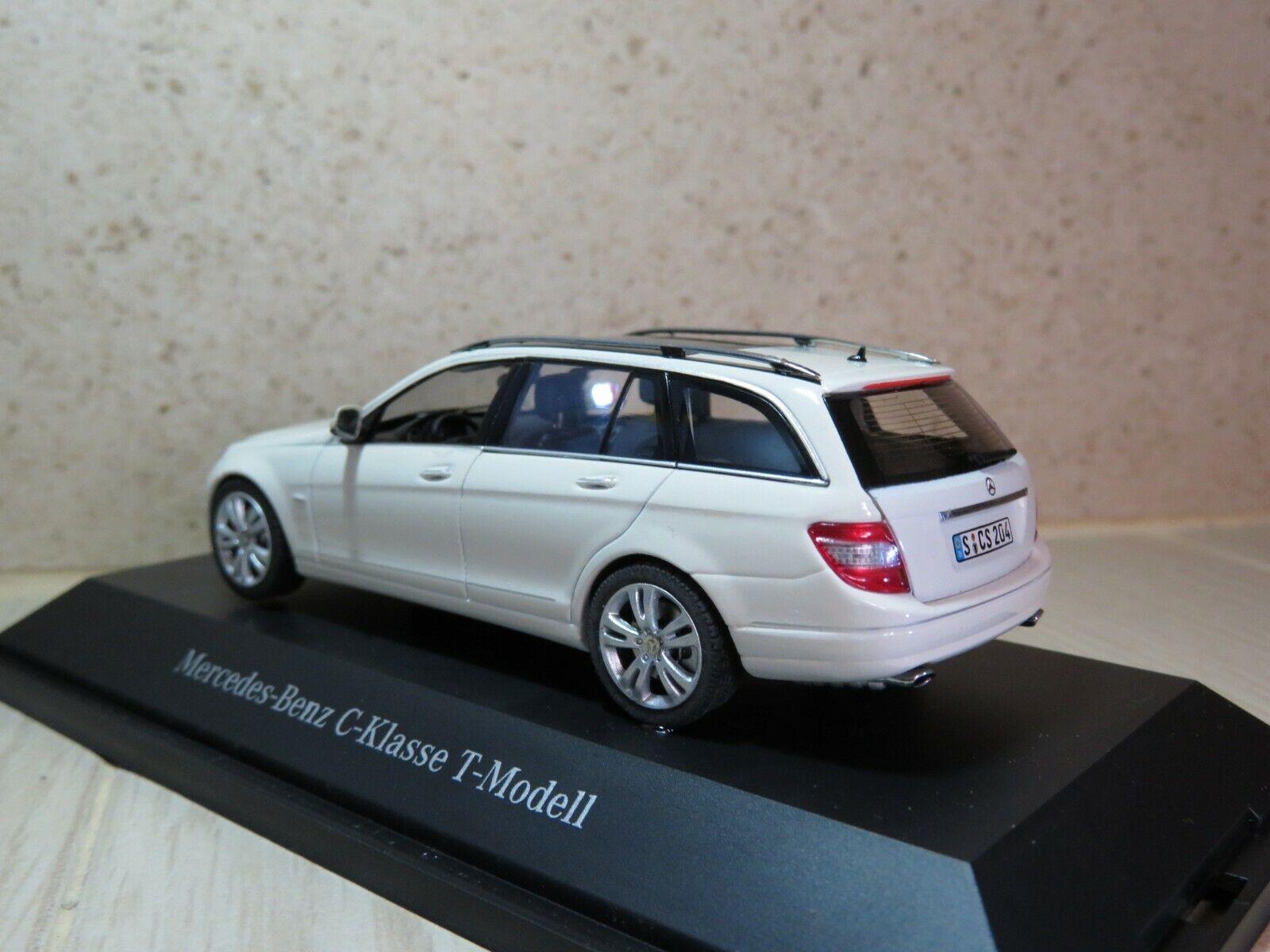1 43 Mercedes Benz C Class Class Class T-model white diecast LS 1af728