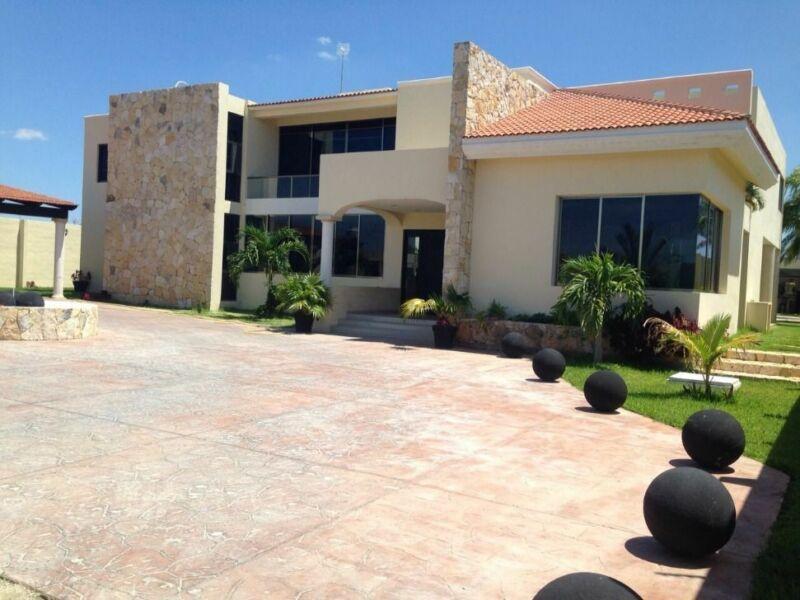 Hermosa Casa en Venta en Conkal