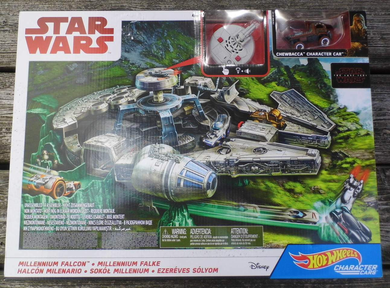 Star Wars  Millenium Falcon, Chewbacca Character Car, Episode 8 von Mattel