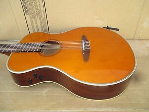 90-039-s-Yamaha-APX-6-N-Electro-Classical-Acoustic