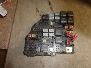 image is loading fuse-box-3-2-v6-cadillac-cts-03-