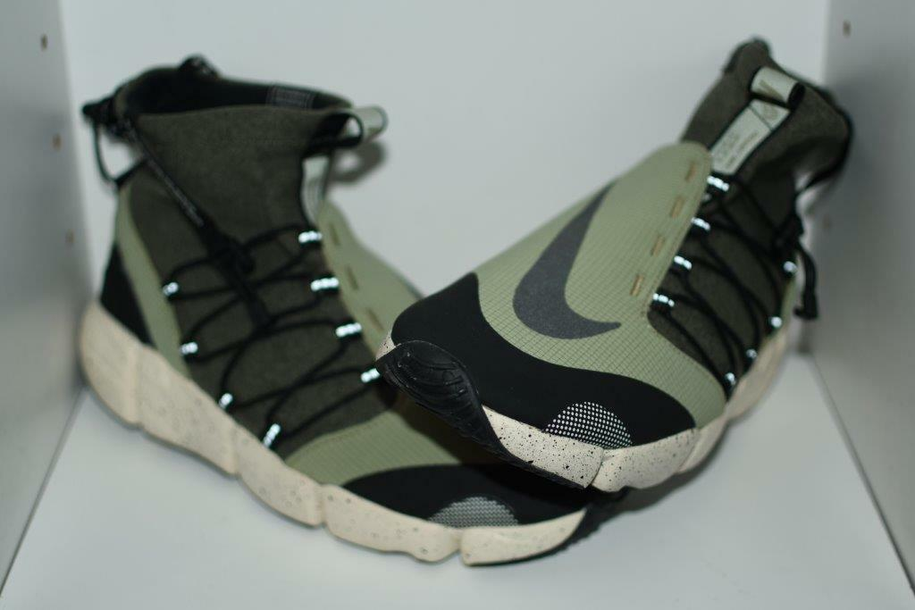 NIKE AIR FOOTSCAPE MID UTILITY DM MENS SHOES - MENS SIZE  9